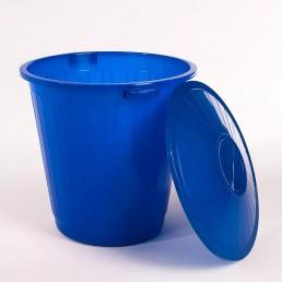 Бак пластиковый с крышкой 60л