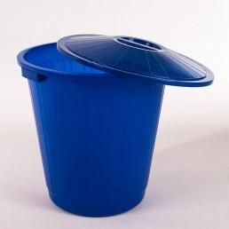 Бак пластиковый с крышкой 50л